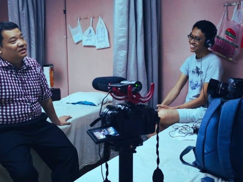 In The Dark is a documentary about the daily lives, hopes and dreams of the visually-impaired who live and work amongst the hustle and bustle of Brickfields, KL