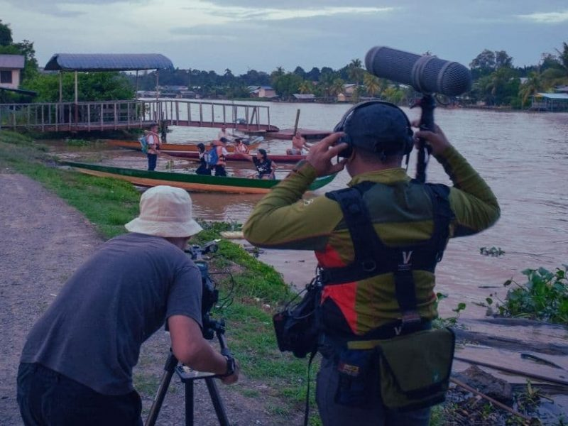On the set of My Life by Sarawakian filmmaker Albert Bansa is a Iban-language documentary highlighting the urban and rural wage gap